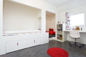Child's fitted bedroom
