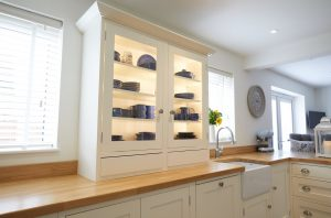 Shaker Style Kitchen - Kingston Cabinetry